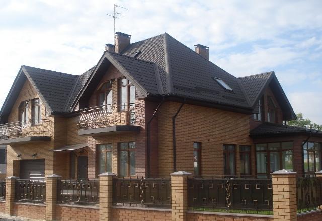 Дом в пригороде Киева.  100 % готовность.  3 эт., построен по современным.