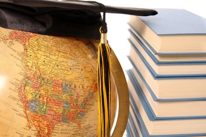 1349935301_093009_study_abroad_1.jpg